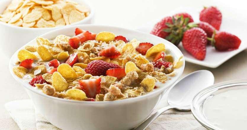 Мюсли, зърнени закуски, корнфлейкс - здравословна закуска. Гама Фууд